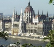 75390_madjarska-parlament201-ap-bela-szandelszky_f