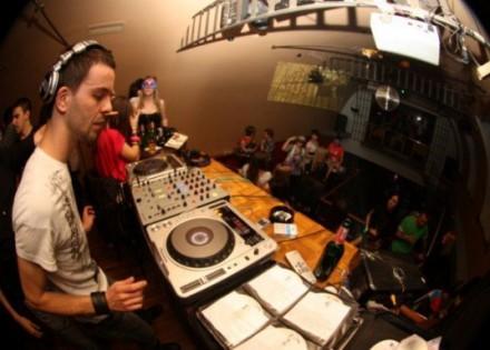 DJ Ady Resacovich