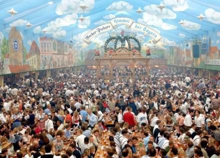 Oktoberfest (22. septembar - 7. oktobar) Minhen, Njemačka