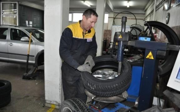 Za pripremu automobila za zimu minimum 500 KM Banjaluka.com