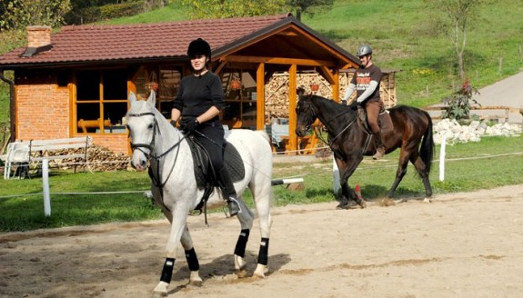 Konjički klub Paddock, Barlovci