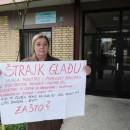 Štrajkuje glađu jer ne prima platu