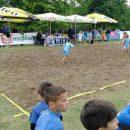 y8Ax-kisa-protiv-fudbalera-na-pijesku.jpg