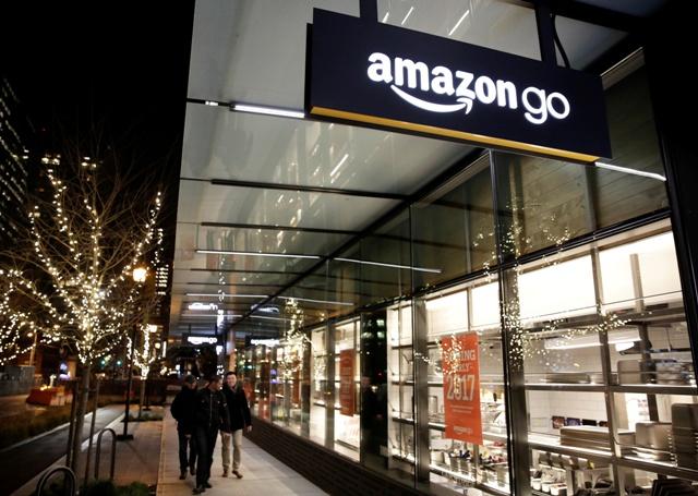 Pogledajte kako izgleda kupovina u prvoj trgovini bez prodavača i redova (Video)