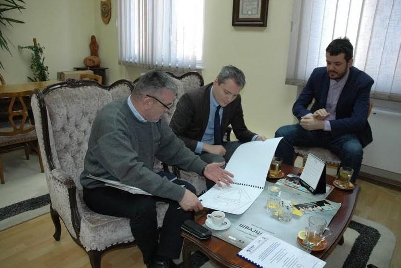 Predsjednik Skupštine Grada posjetio Narodno pozorište RS