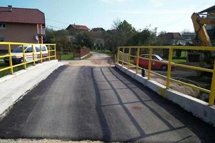 U završnoj fazi gradnja mosta u Dragočaju