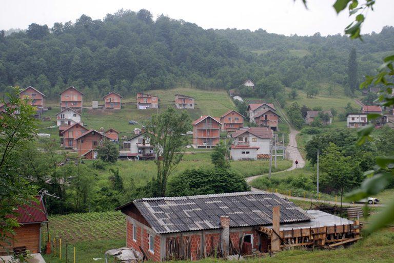 Stanovnici nekoliko naselja bez struje i do 9 sati