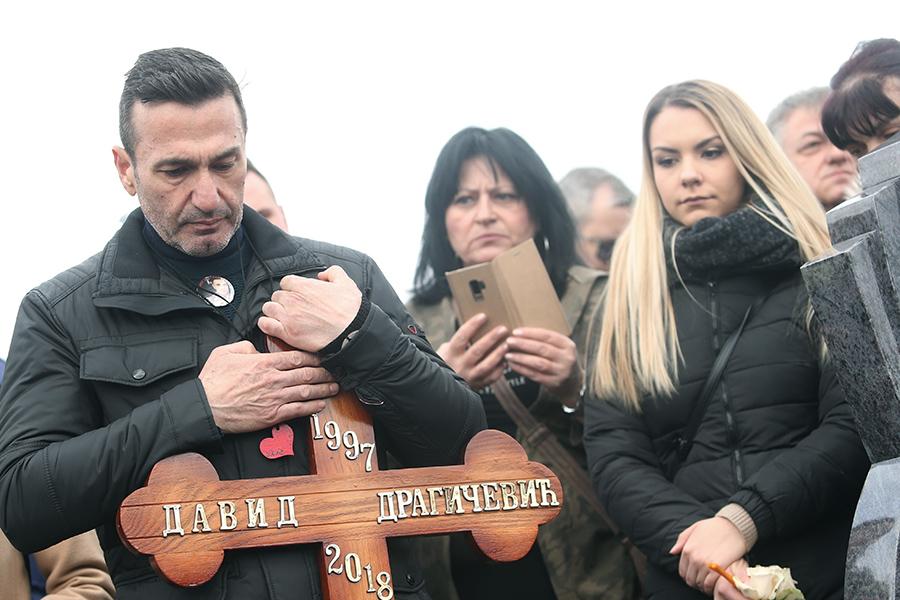 David Dragičevič ubijen je prije godinu, njegov otac ovo poručuje (Foto)